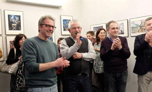 """VOGHERA 13/04/2016: Fotografia. Guido Colla è """"CrazyPhone"""" all'interno della galleria Spazio 53"""