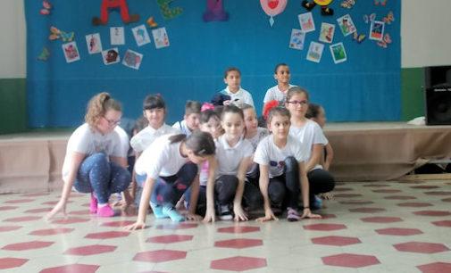VOGHERA 07/06/2016: Scuola. Alla primaria De Amicis i saggi di danza di fine anno