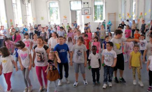 """VOGHERA 08/06/2016: Scuola. Alla De Amicis è """"Festa dell'Accoglienza"""""""