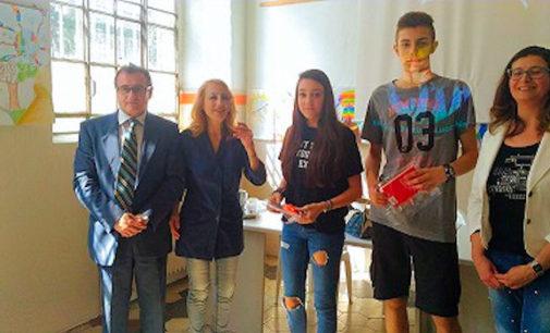 VOGHERA 16/06/2016: Scuola. I ragazzi della Pascoli di Voghera hanno progettano il logo vincitore della rete provinciale per la promozione della Legalità