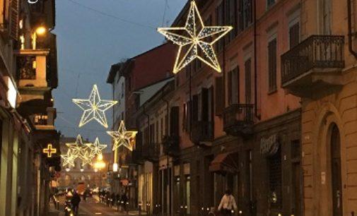 VOGHERA 28/10/2016: Tagliati i fondi. Luminarie natalizie a rischio. I commercianti: sforzo economico troppo oneroso per noi
