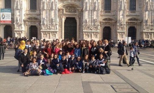 VOGHERA 02/11/2016: Scuola. Gli alunni della Secondaria Dante visitano la Scala