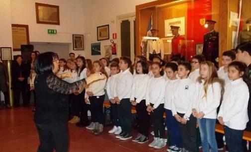 VOGHERA 14/11/2016: Scuola. La Corale De Amicis anima la Solennità di S. Martino