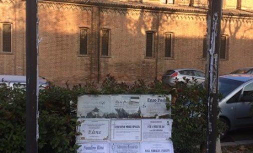 VOGHERA 30/12/2016: Lettere. Achille Cester chiede più decoro per le bacheche funebri