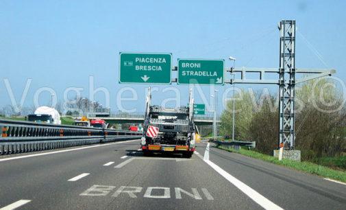 VOGHERA BRONI 23/01/2017: Tamponamenti a Catena. Due morti sulla A21. Bloccata la circolazione in direzione di Piacenza