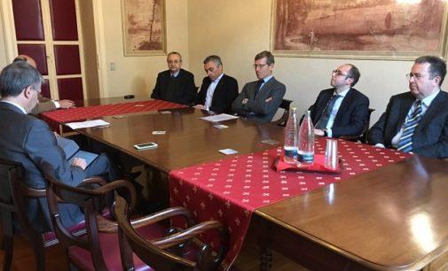VOGHERA 25/01/2017: Ballottaggio Bis. Confindustria Pavia incontra i candidati e avanza le sue necessità. Tangenziale Ponte Digitalizzazione Attrattività per investimenti Tasse…