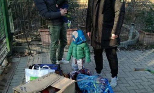 VOGHERA 09/01/2017: Casapound risponde all'appello di Enpa e dona coperte al canile