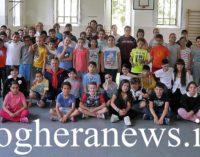 VOGHERA 29/05/2017: Imparare a muoversi bene con le arti marziali. Si sta concludendo alla De Amicis il corso di Karate tenuto dalla Polizia Locale