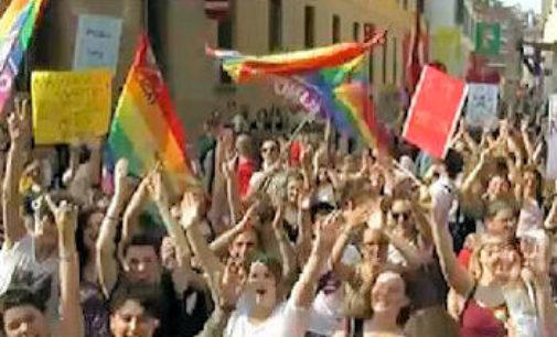 PAVIA 15/05/2017: La Regione nega il patrocinio al Gay Pride. Arcigay protesta
