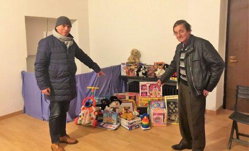 VOGHERA 11/12/2017: Aperto il Presepe della solidarietà. Possibile donare giocattoli per i bimbi poveri della città