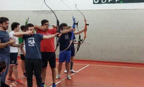 VOGHERA 19/01/2018: Al Liceo Sportivo Santachiara lezioni di tiro con l'arco con l'olimpionico Nespoli