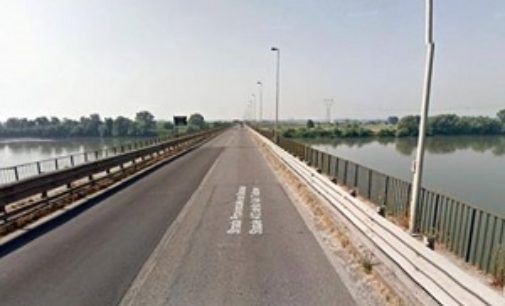 PAVIA 16/01/2018: Provincia sempre più isolata. Chiuso al traffico pesante anche il ponte sul Po a Pieve Porto Morone