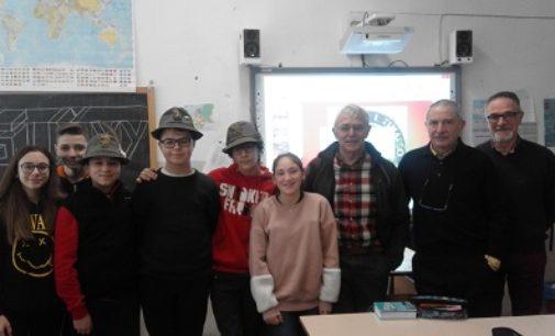 VOGHERA 05/03/2018: Scuola. I canti dei sodati per ricordare la Grande Guerra. Istituto Pascoli e Coro Timallo insieme per la Storia