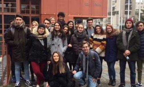 VOGHERA 08/03/2018: Il liceo scientifico Sacra Famiglia a lezione di Fisica all'Università Bicocca