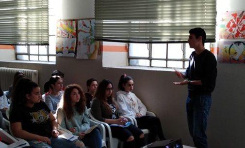 VOGHERA 21/04/2018: Alla Pascoli lezione su mafia e sequestri degli studenti del Galilei
