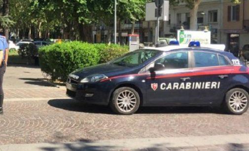 VOGHERA 23/04/2018: Calcio in faccia al carabiniere che lo vuole fermare. Denunciato pregiudicato 30enne