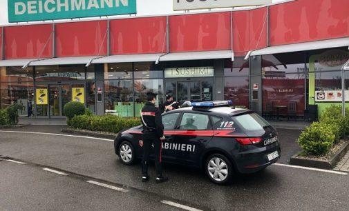 VOGHERA 13/04/2018: Tenta di rubare e minaccia con una bottiglia rotta le vittime. Arrestato straniero