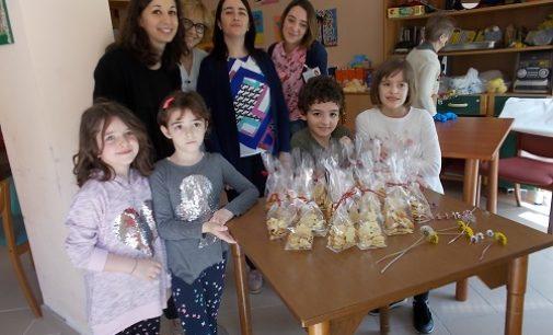 VOGHERA 20/04/2018: La Scuola Primaria De Amicis a lezione dai nonni della Pezzani