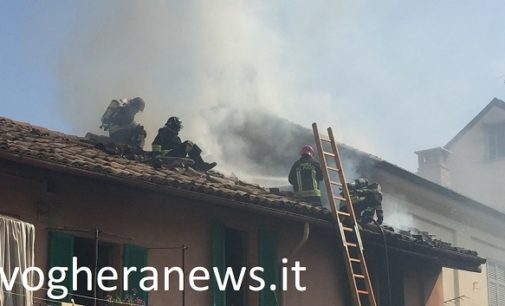 VOGHERA 27/04/2018: Infarto per il pompiere impegnato sull'incendio di oggi in Vicolo Ricci. Salvato mentre era ricoverato al Pronto Soccorso