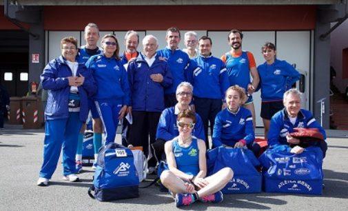 VOGHERA 30/04/2018: Atletica. Le gare dell'Iriense. La squadra in evidenza con Marenzi e Brega