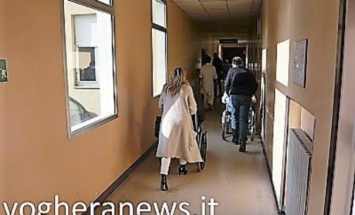 VOGHERA 20/04/2018: Cadono pezzi di soffitto. L'incidente in un corridoio dell'ala vecchia dell'ospedale