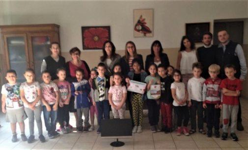 VOGHERA 02/05/2018: Il LEO Club Vogherese dona alla scuola un nuovo computer
