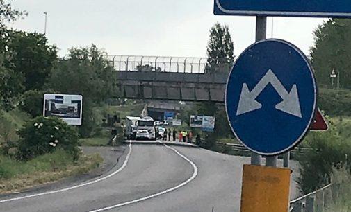 PAVIA 17/05/2018: Tragedia sulla Tangenziale Nord. Morto in uno scontro il guidatore di un furgone