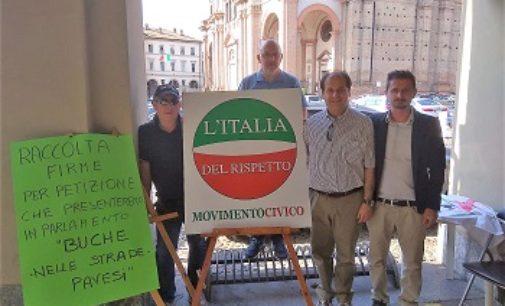 VOGHERA 21/05/2018: Buche. Raccolta firme. L'Italia del Rispetto ringrazia i cittadini
