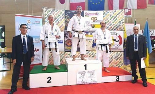 """VOGHERA 02/05/2018: Premiato il Campione del Mondo 2018 di Karate specialità """"Kata"""". E' il vogherese Gianfranco D'Assisi"""