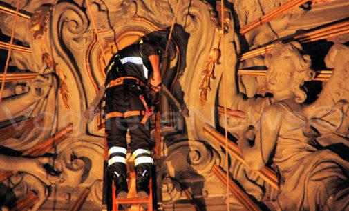 VOGHERA 09/05/2018: La Cerimonia della Sacra Spina si terrà sabato in Duomo alle 17.30. In corso i preparativi da parte dei Vigili del Fuoco
