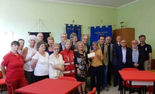VOGHERA 12/07/2018: Dai Rotary 1.110 euro alla Cri per la casa famiglia intitolata a Barbara Piernera