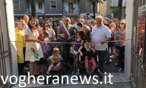 VOGHERA 11/07/2018: Folla all'inaugurazione del parco giochi inclusivo per bambini disabili (FOTO VIDEO). Altri 32mila euro dal comune per dotarlo di bagni idonei