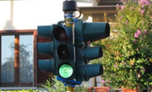 """VOGHERA 09/07/2018: Una rotonda al posto del semaforo all'incrocio di via Carducci. L'Idr. """"La chiedono i residenti"""""""