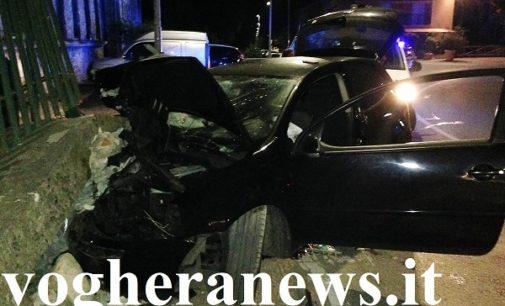 VARZI 23/09/2018: Auto contro un muro. Ragazza in rianimazione a Varese. Incidente stamattina anche a Voghera. Una donna ricoverata a Pavia