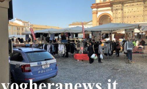 """VOGHERA 05/10/2018: """"Giallo"""" in piazza Duomo. Si sente male pensando di essere stata derubata. La Polizia risolve il caso"""