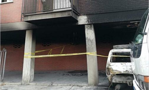 VOGHERA 25/11/2018: 4 Cassonetti e un'auto incendiati. I vandali rischiano di mandare a fuoco un palazzo. Il rione San Vittore chiede le telecamere
