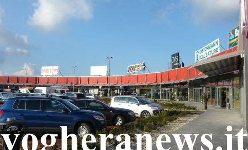 VOGHERA 11/02/2020: Furto al centro commerciale Voghera Est. Presi di mira due magazzini