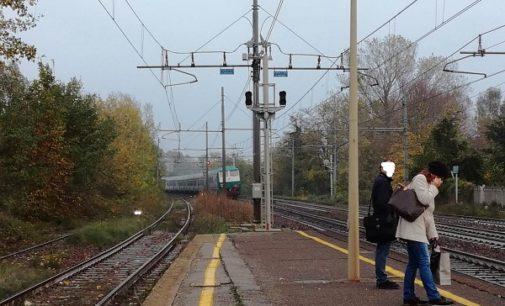 """BRESSANA 06/11/2018: """"Il treno questa mattina non si è fermato nella nostra stazione"""". La denuncia dei pendolari oltrepadani"""