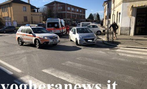 VOGHERA CODEVILLA 10/01/2019: Pedone investito in via Arcalini. Auto esce di strada sulla Sp33