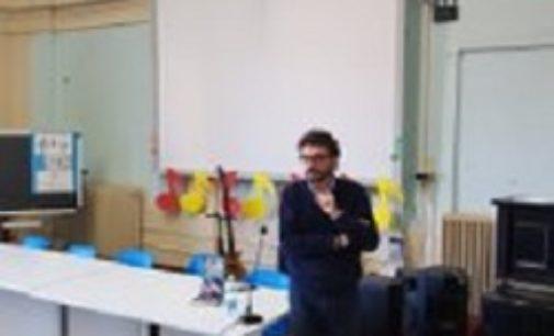 """VOGHERA 12/03/2019: Scuola. Con Polidoro concluso alla Dante il ciclo di """"Incontri con l'autore"""""""