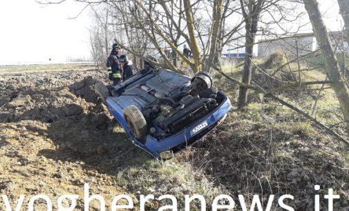 CODEVILLA 02/03/2019: Auto finisce nel campo e si ribalta. 28enne perde la vita lungo la Bressana-Salice