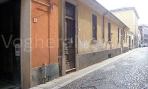 VOGHERA 17/04/2019: Nuovo porfido in Depretis e Cavallotti. Tre mesi di cantieri nelle due vie del centro storico