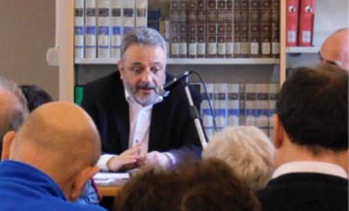 """VOGHERA 06/05/2019: """"Insegnare libertà"""". Presentato in Biblioteca il libro di Massimo Castoldi"""