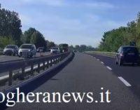 PAVIA 22/05/2019: Incidente sulla tangenziale Ovest. 4 auto ferme nei pressi del cavalcavia della ferrovia provocano una pericolosa coda