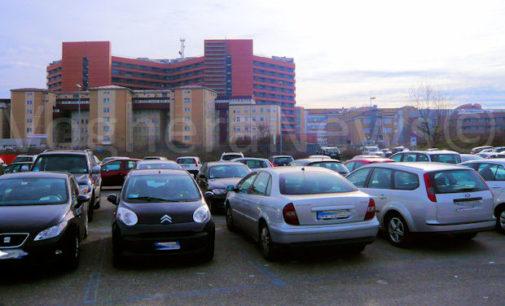 PAVIA 10/05/2019: Ospedale San Matteo. Da Domenica rivoluzione parcheggio. Nuove tariffe. Nuova veste. Nuova sorveglianza