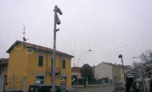 VOGHERA 15/05/2019: Scaduto il contratto. Tre semafori senza telecamere