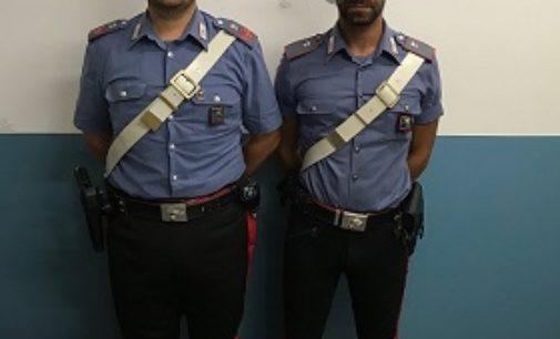 VIGEVANO 02/07/2019: Pesta e accoltella una passante scelta a caso. Follia ieri sera in corso Milano
