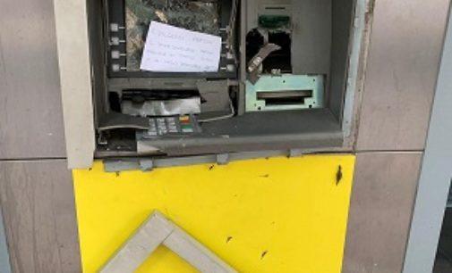 VOGHERA 07/08/2019: Colto dall'ira distrugge il bancomat dell'ufficio della Posta