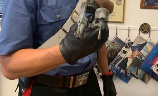 LUNGAVILLA 25/08/2019: Durante la lite spunta una pistola. I Carabinieri denunciano due artigiani