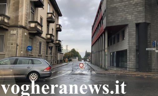 VOGHERA 21/10/2019: Gli acquazzoni intasano le strade e allagano i sottopassi. Tre quelli chiusi. Lamentele e soluzioni